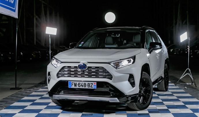 Toyota Rav4 : une référence - Salon de l'auto Caradisiac 2020