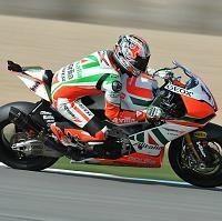 Superbike - Donington D.1: Max Biaggi s'installe en tête