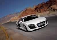 Audi R8 : 124 photos et 5 vidéos !