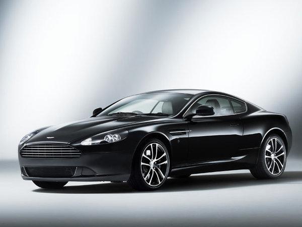 Trois Aston Martin DB9 en série limitée pour clore 2010