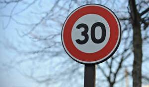 La limitation à 30 km/h dans toutes les villes françaises au coeur des débats