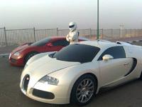Top Gear Saison 11 : Trois Bugatti Veyron pourchassent le Stig en Koenigsegg CCX
