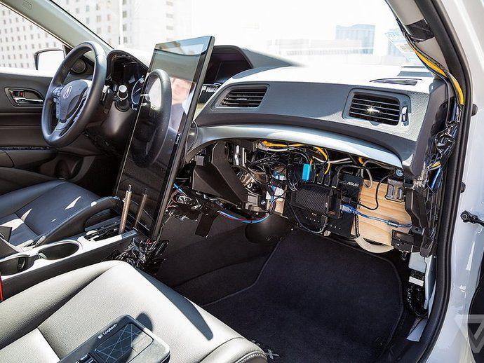 voiture autonome le kit pour tous 900 euros en vid o. Black Bedroom Furniture Sets. Home Design Ideas