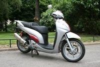 Honda SH 300 cm3 : Gonflé aux hormones
