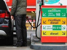 Le prix des carburants baisse encore, mais cela ne devrait pas durer