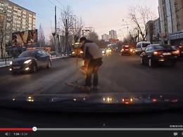 Vidéo - Les caméras dans les voitures russes ne filment pas que des accidents