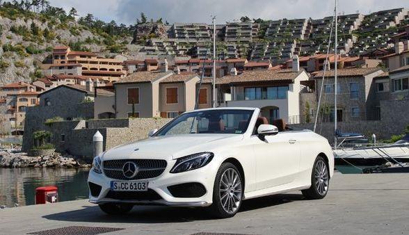 """La Mercedes Classe C Cabriolet arrive en concession : la """"C"""" enlève enfin le haut"""