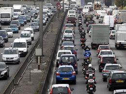 73 % des actifs se rendent à leur travail en voiture !