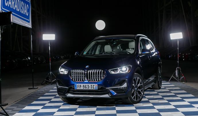 BMW X1 PHEV : leader électrifié - Salon de l'auto Caradisiac 2020