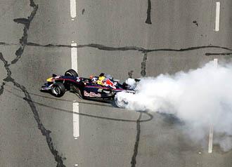 Inde : David Coulthard menacé de retrait de permis pour avoir roulé à 260 km/h ...