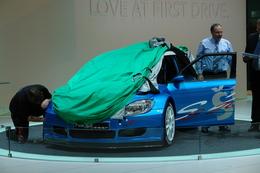 Direct Genève: une Skoda Fabia S2000 sous la bâche