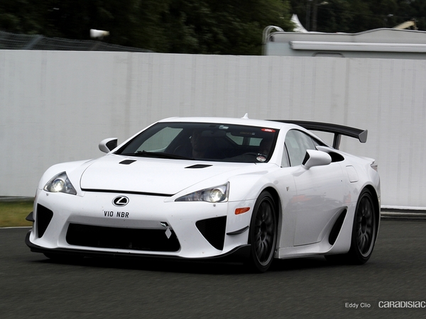Photos du jour : Lexus LFA Nurburgring Edition