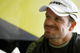 Williams F1 confirme l'abandon du moteur Toyota mais pas Rubens Barrichello