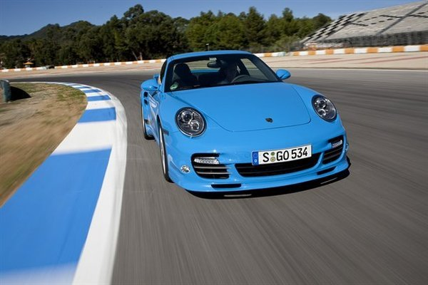 Ring' Folies : la Porsche 911 Turbo en 7'39""