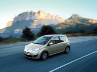Nouvelle Renault Twingo 2 : toutes les infos et photos !