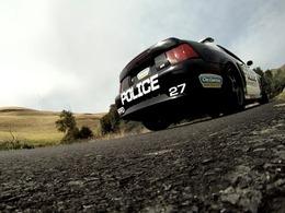 [vidéo] La police en Mustang Cobra poursuit des motards
