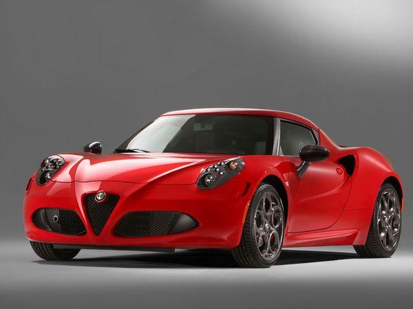 Alfa Romeo 4C: de nouvelles photos officielles