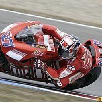 Moto GP: République Tchèque Podium: 1. Stoner