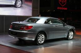 Video Chrysler Sebring Cabrio: trois toits mais pas pour toi !