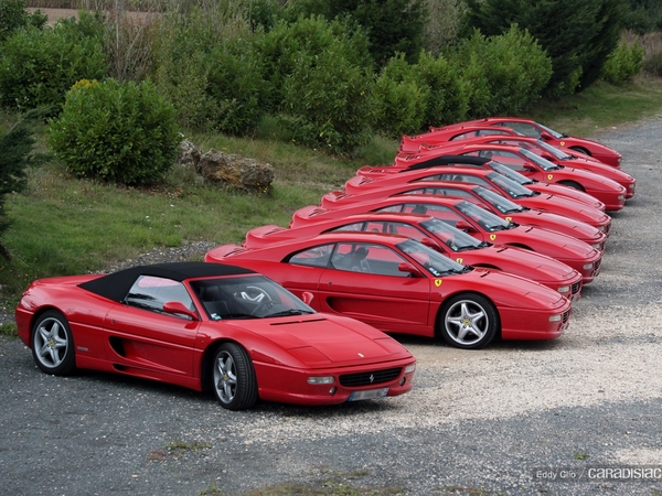 Photos du jour : Ferrari F355