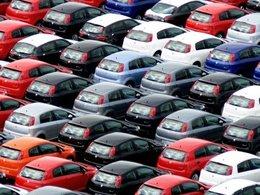 Immatriculations de voitures neuves  : -0,7% et un record de commandes en décembre, -2,2% pour l'année 2010