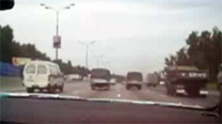 Vidéo: 'Out Run' en Russie. Ca n'est pas un jeu.