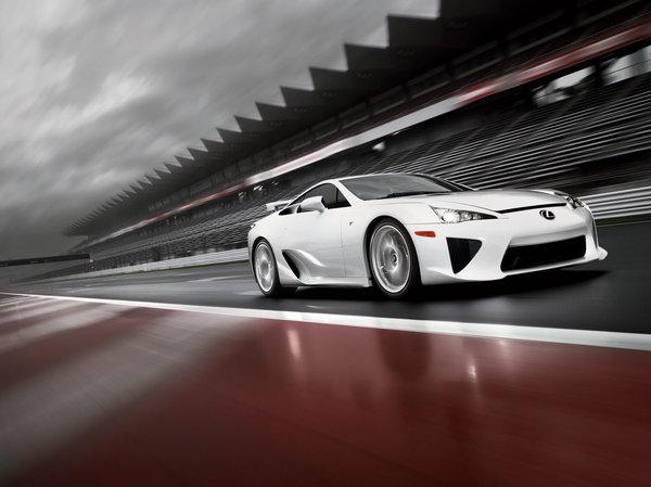 Tokyo 2009 : la Lexus LFA en détails et en vidéos (V10 4.8l 560 ch)