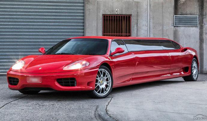 Une Ferrari 360 Modena disquée en deux pour en faire une limousine