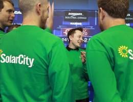 Tesla: le risque de se brûler les ailes avec Solarcity?