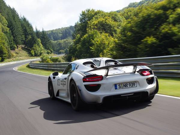 1700 kg pour la Porsche 918 Spyder