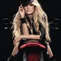 Vidéo - Harley-Davidson: Pas des motos de gonzesse les Harley ? Voire !