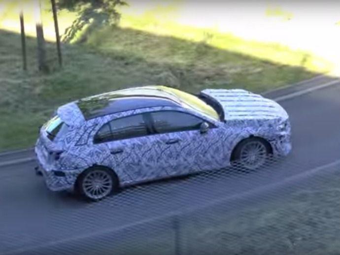 Scoop : la future Mercedes Classe A prend la lumière