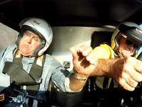 Le présentateur Jay Leno dans un gros crash à bord d'une auto mythique