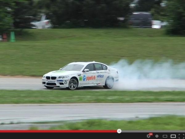 82,5 km : BMW USA détient le nouveau record du plus long drift du monde