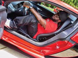 T-Pain roule en Bugatti Veyron, en Rolls et en Mini (avec du Cognac dans le coffre)