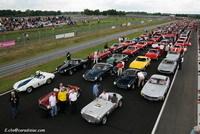 Photos du jour : 400 Ferrari contre le cancer