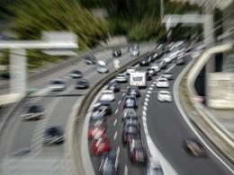 Alpes-Maritimes : il tente de se suicider sur l'A8... en sautant de sa voiture