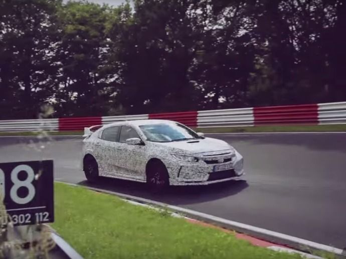 Scoop : la future Honda Civic Type R dans l'enfer vert