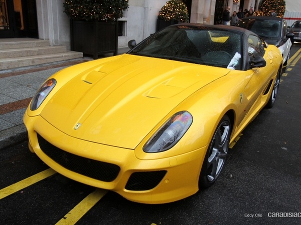 Photos du jour : Ferrari 599 SA Aperta