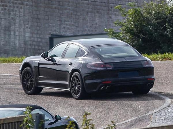 La future Porsche Panamera surprise