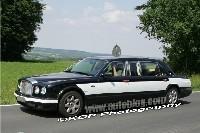 Une Bentley Arnage longue comme un jour sans pain