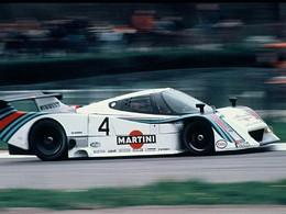 (Minuit chicanes) Des voitures de course qui franchissent les 500 km/h, voilà ce que nous voulons!