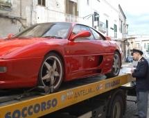 Italie : fausse Ferrari 355, vraie confiscation !