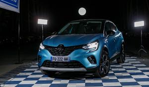 Renault Captur Hybride rechargeable : le meilleur ? - Vidéo en direct du salon Caradisiac