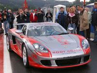 Porsche Carrera GT en compétition: ça avance!