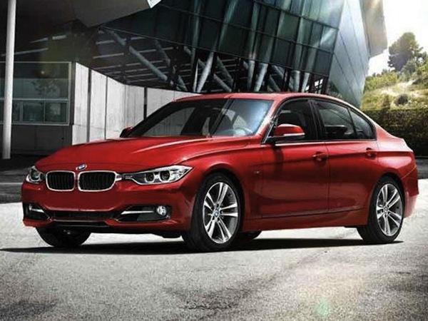 La plus belle voiture de l'année 2011 est ...