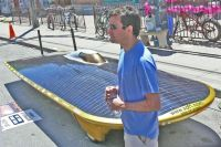 Record : un véhicule à l'énergie solaire a effectué 15 000 km !
