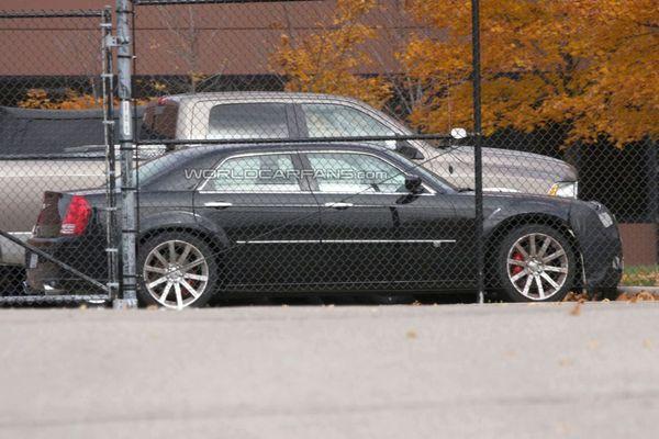 Spyshot : la prochaine Chrysler 300C est de sortie