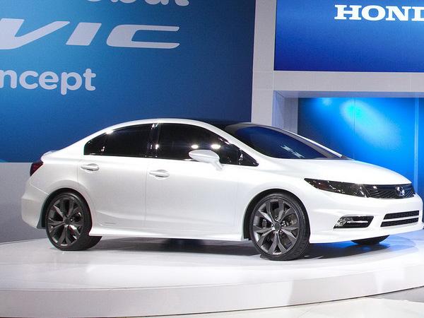 Detroit 2011 : les Honda Civic Concepts en vidéo