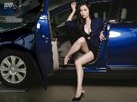 Miss Vivi: vendeuse de Citroën en Chine...